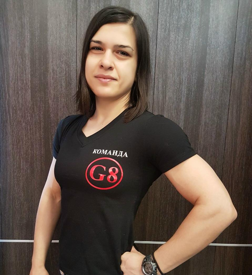 Команда G8: ЮЛИЯ КАЛАШНИКОВА